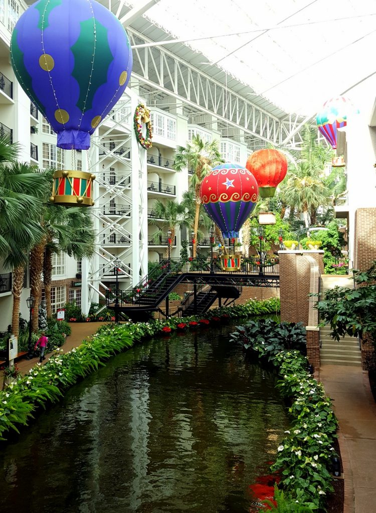 Delta Atrium is surrounded with water:) So cool...