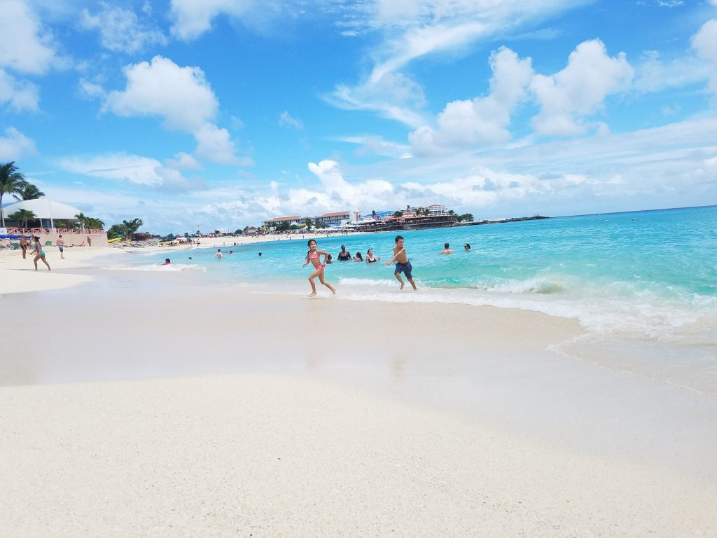 Beautiful white sand beach at Maho Beach