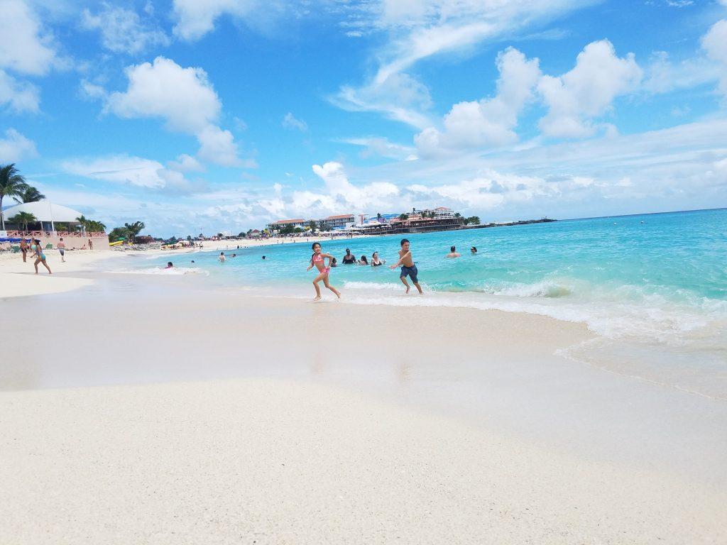Beautiful white sand beach at Maho Beach