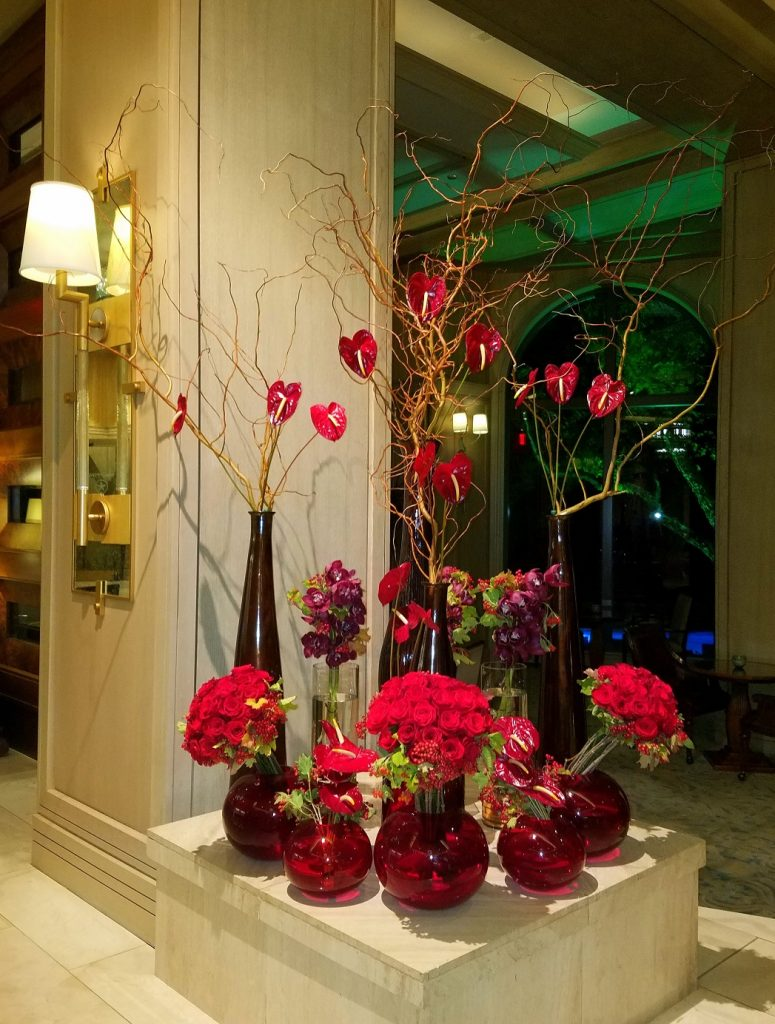 Red Roses had me at Hello:) Four Seasons Resort & Club at Las Colinas Lobby